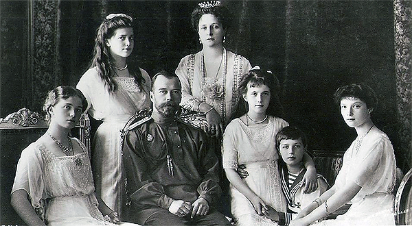 Последние дни последних царствующих Романовых