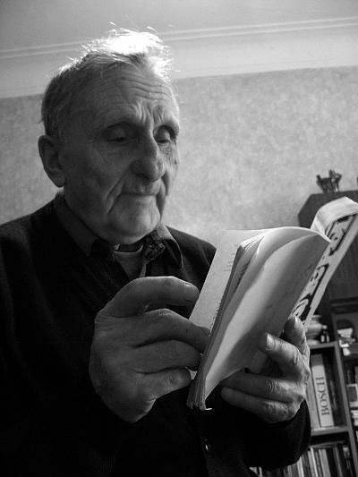 Валентин Тарас со своей последней книгой