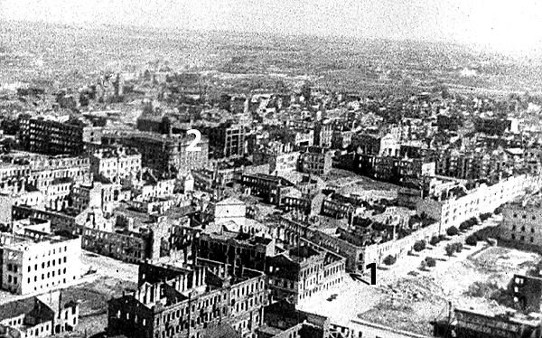 1. Gefängnisstrasse или Тюремная улица – соединяла Карла Маркса и Проспект; 2. здание НКВД, справа – разрушенный «энкаведешный» квартал